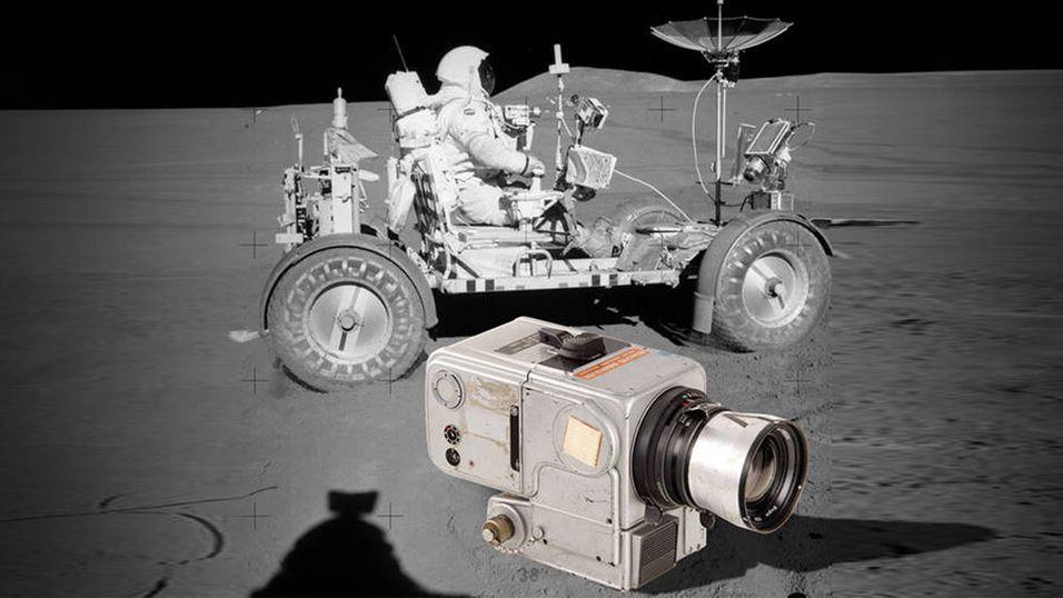 Sjeldent månekamera går under hammeren