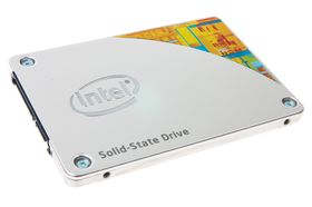 Intel 530 Series er en lekkert designet SSD.