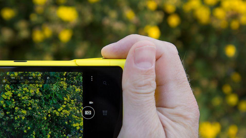 Apple ansetter Nokias Lumia-sjef