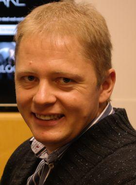 Kristian Bruarøy er sjef i TV 2 sumo. Nå vil han gi alle nye kunder gratis bruk i én måned - det vil si så lenge OL varer og vel så det.