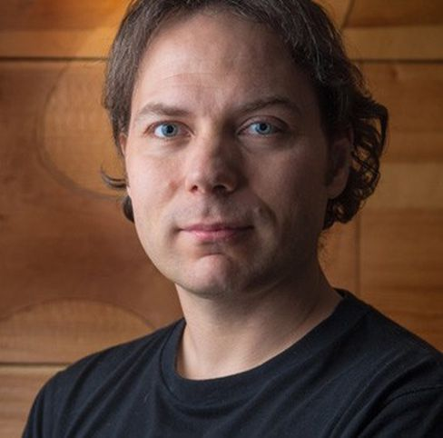 Bjørn Stabell studerte ved UiT på 90-tallet og bor nå i Kina der han jobber med spillutvikling.
