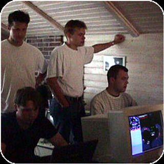 Det eneste gjenlevende bildet fra Xpilot Summercamp i Danmark i 1999.