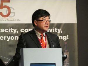 Mer enn 1000 selskap og organisasjoner er med i 5G PPP. Sammen skal de utvikle teknologi som gir 5G-nett i 2020, sier Dr. Wen Tong.