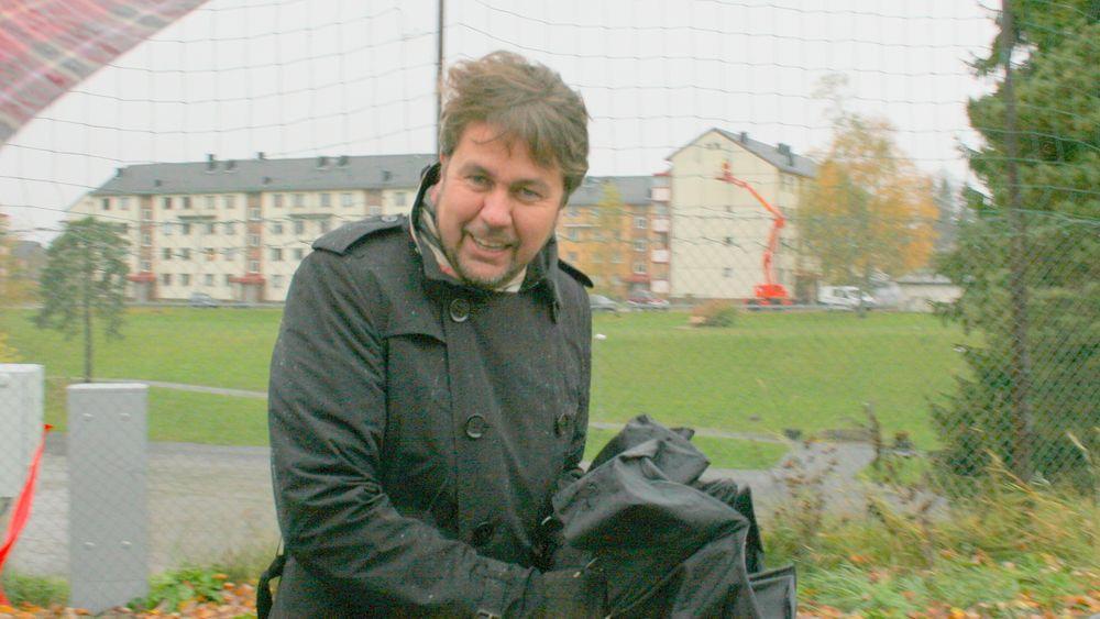 Tele2-sjef Arild Hustad er i vinden som aldri før i selskapets skjebneår.