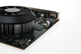 SLI-kontakter har blitt ofret til fordel for G-Sync-støtte, og referansemodellen trenger ikke mer strøm enn PCI-sporet leverer.