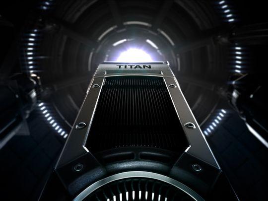 I motsetning til hva noen ryktemakere trodde får GeForce GTX Titan Black det samme sølvfargede skallet som før, men innmaten – og fargen på kjøleribbene – blir annerledes.