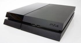 Det går bra med Xbox One, men PlayStation 4 øker likevel forspranget.