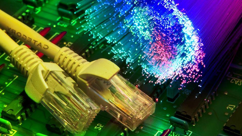 Norske bedrifter kjøper mer fiberbasert bredbånd.