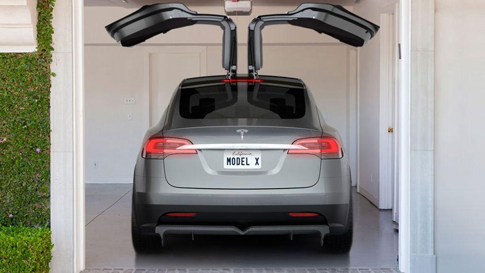 Slik så den første prototypen av Model X ut.