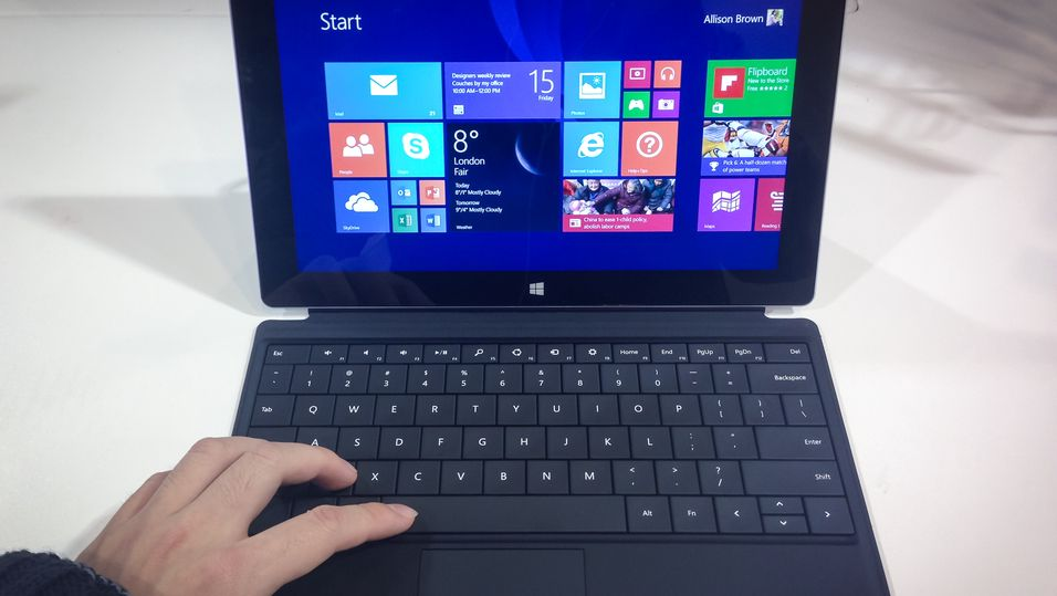 Kutter kraftig i prisen på Windows 8.1