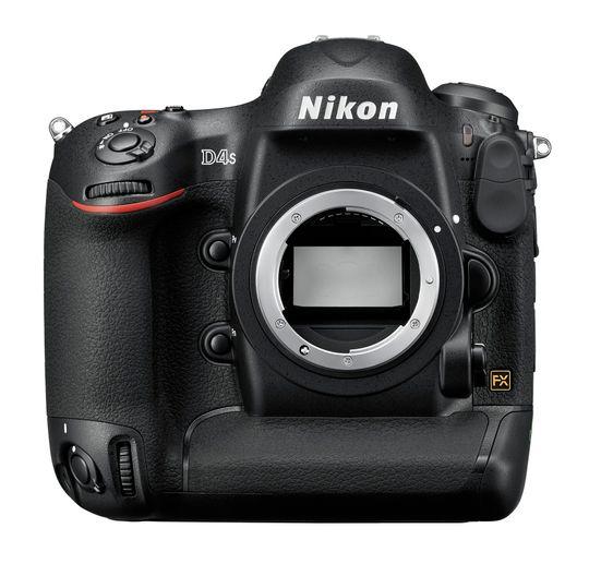 Nikon D4s er en stor kar.