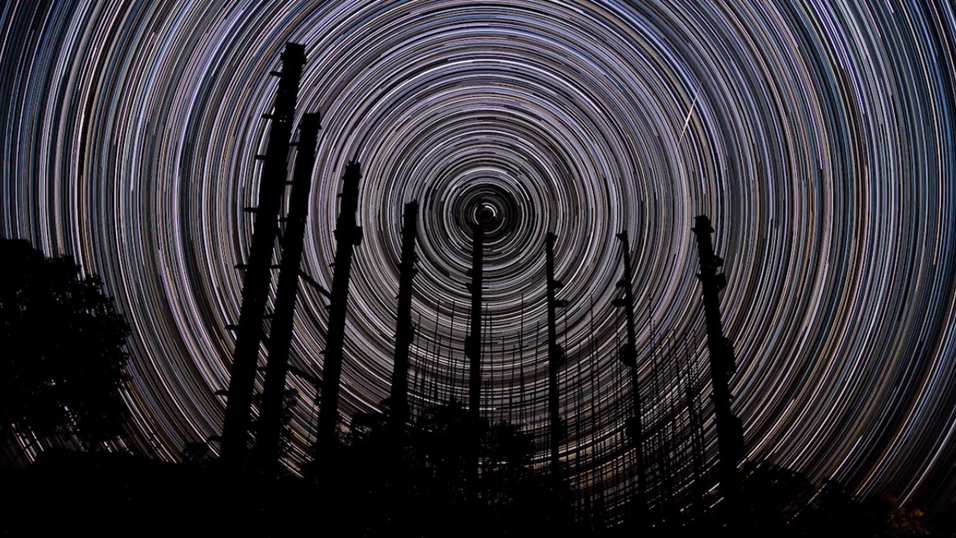 Se den nærmest hypnotiske videoen av stjernehimmelen