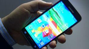Komponenter til Samsungs nye flaggskip, Galaxy S5, gikk i helgen opp i røyk.