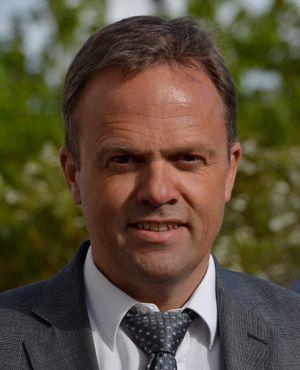 Bjørn Olstad er leder ved Microsoft Development Center Norway. Han sier det er nødvendig for MDCN å ligge et par år i forkant av utviklingen. .