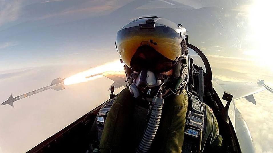 """Jagerflypilot tar """"selfie"""" til nye høyder"""