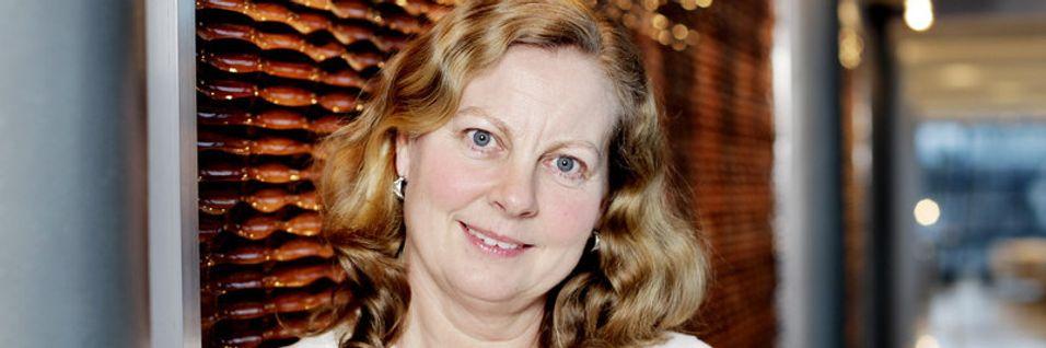 Telenor-Norge-sjef Berit Svendsen sier selskapet bistod eieren av svalbardfiberen, Space Norway med å få opp forbindelsen til øygruppen etter bruddet.