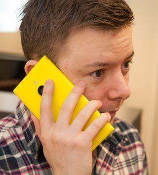 Lumia 1520 er en voksen telefon, og er nok i største laget for mange hender.