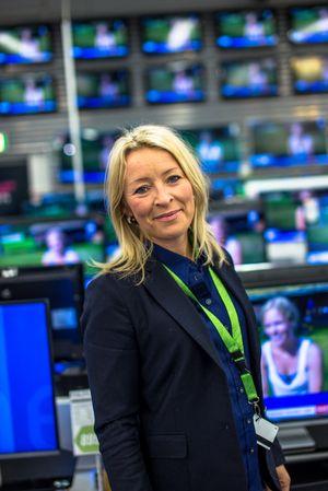 Kommunikasjonsdirektør Åshild Indresøvde i Elkjøp sier at kjeden alltid vil ha eksklusive tilbud til kundene.