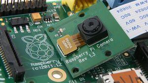 raspberry_pi_kamera_1.300x169.jpg