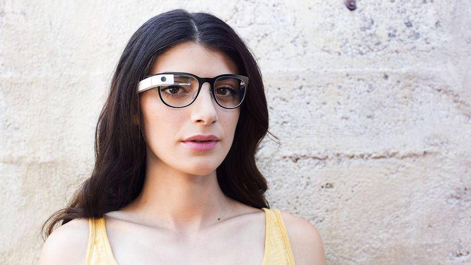 De som bestiller Google Glass på tirsdag vil kunne velge fritt mellom tilgjengelige briller og innfatninger.