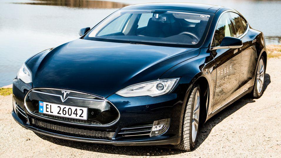 Kinesiske hackere har tatt kontroll på en Tesla