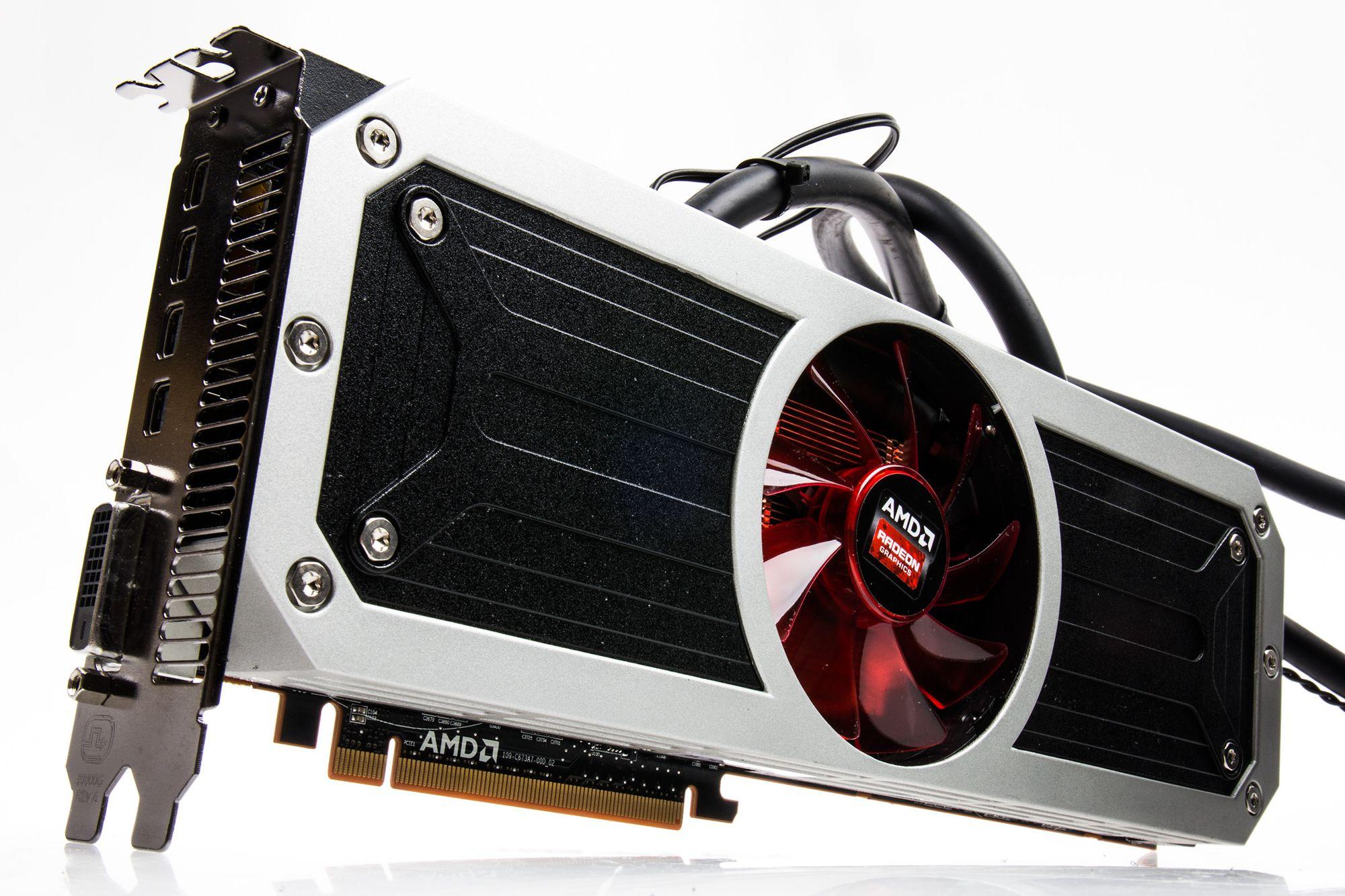TEST: AMD Radeon R9 295X2 - Tek no