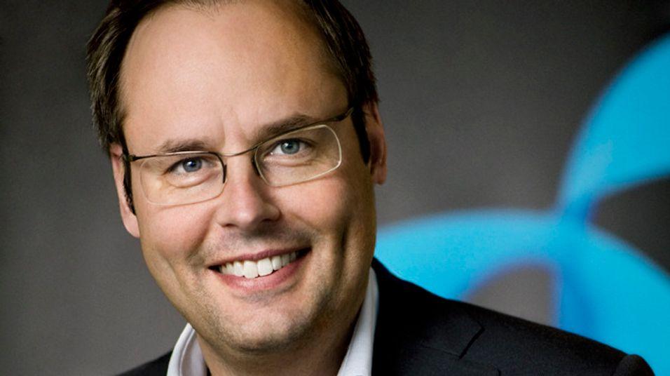 Sjef i Telenor Sverige, Lars-Åke Norling, skal ifølge ryktene tre av over sommeren. Selv avviser han spekulasjonene.
