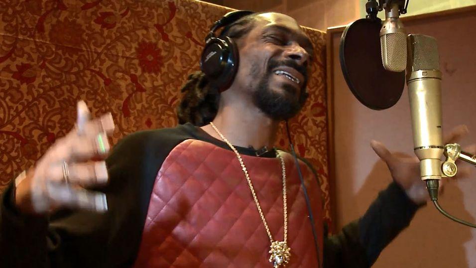Spill Call of Duty med Snoop Dogg på øret