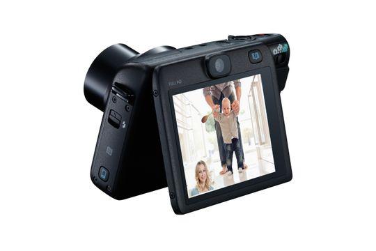 PowerShot N100 lar deg ta bilde på begge sider av kameraet.
