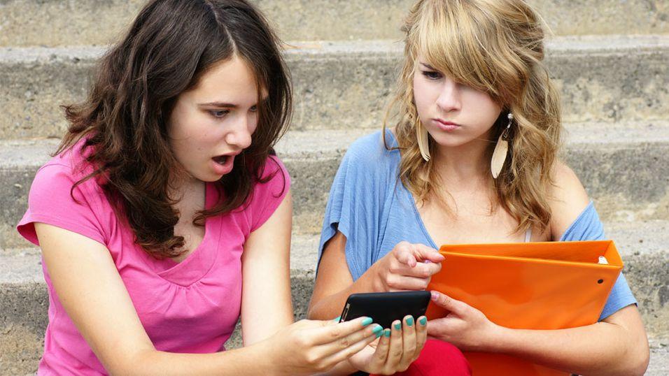 Slik vil 14-åringen stoppe nettmobbing