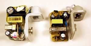 Venstre: original Apple-lader. Høyre: ukjent tredjepartslader.