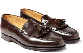 Eksempel på umoderne sko som i en periode hadde stor utbredelse i Midt-Norge.