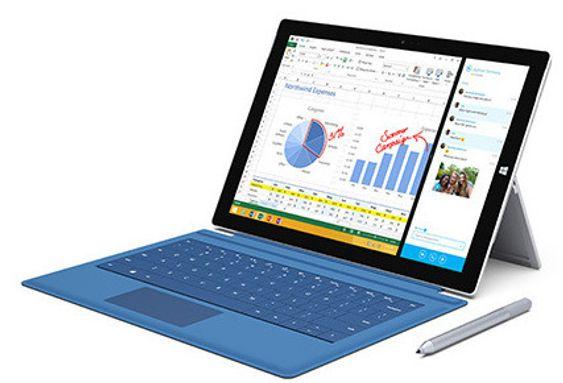 Surface Pro 3 med tastatur, sett fra siden.
