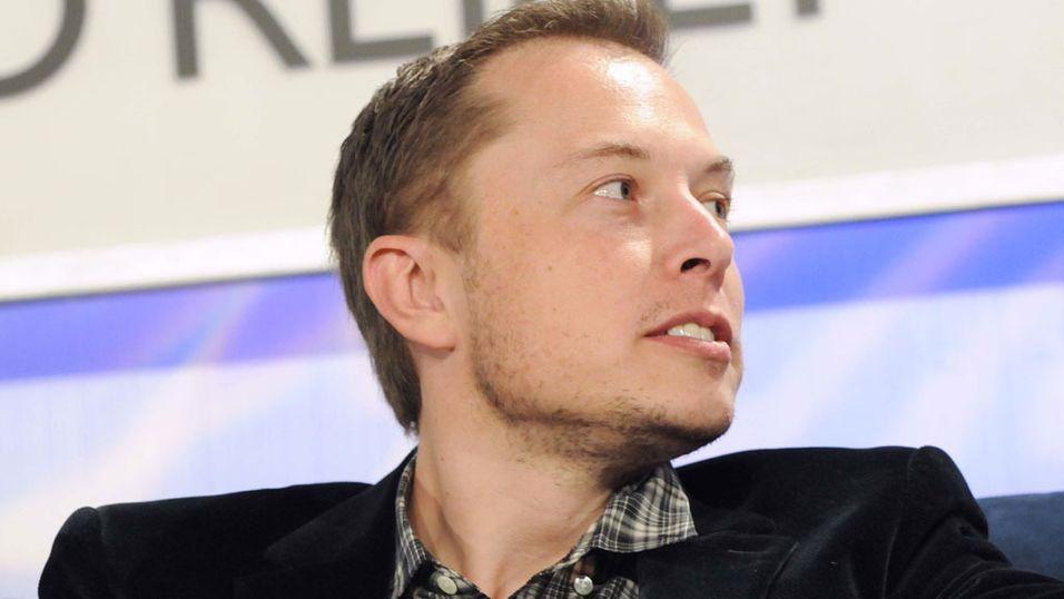 Elon Musk beskylder US Air Force for korrupsjon