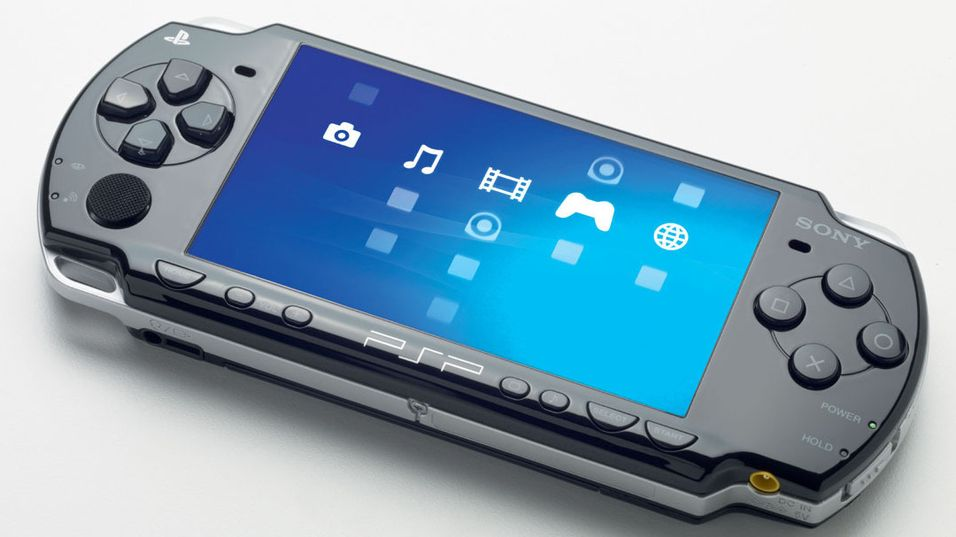 PlayStation Portable gikk gjennom flere iterasjoner.