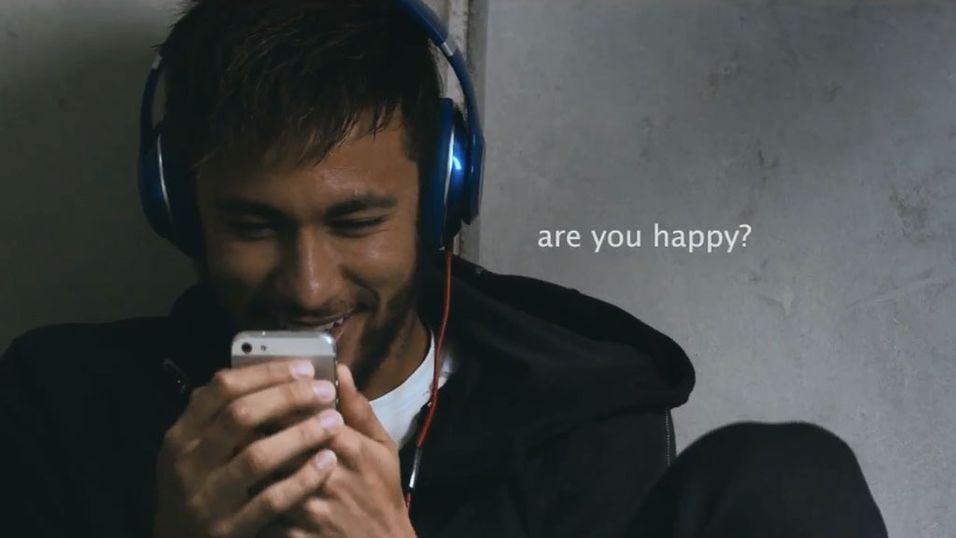 Brasils største stjerne, Barcelona-spilleren Neymar har hovedrollen i Beats' nye reklamefilm.