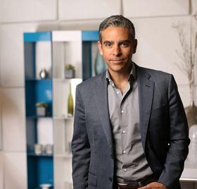 David Marcus kommer fra stillingen som toppsjef i Paypal. Nå skal han styrke Facebook enda mer på mobilmeldinger.