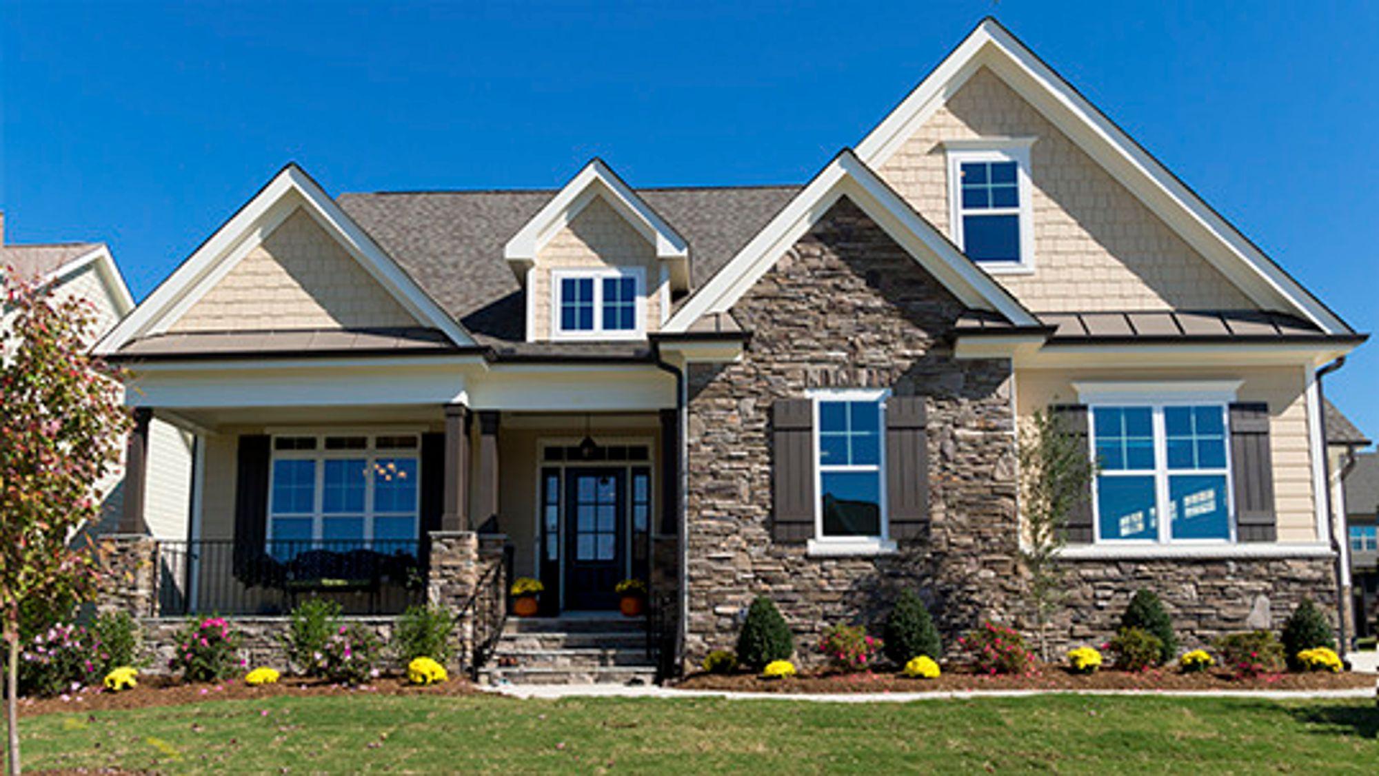 Det som skjer innenfor husets fire vegger er i utgangspunktet en privatsak.