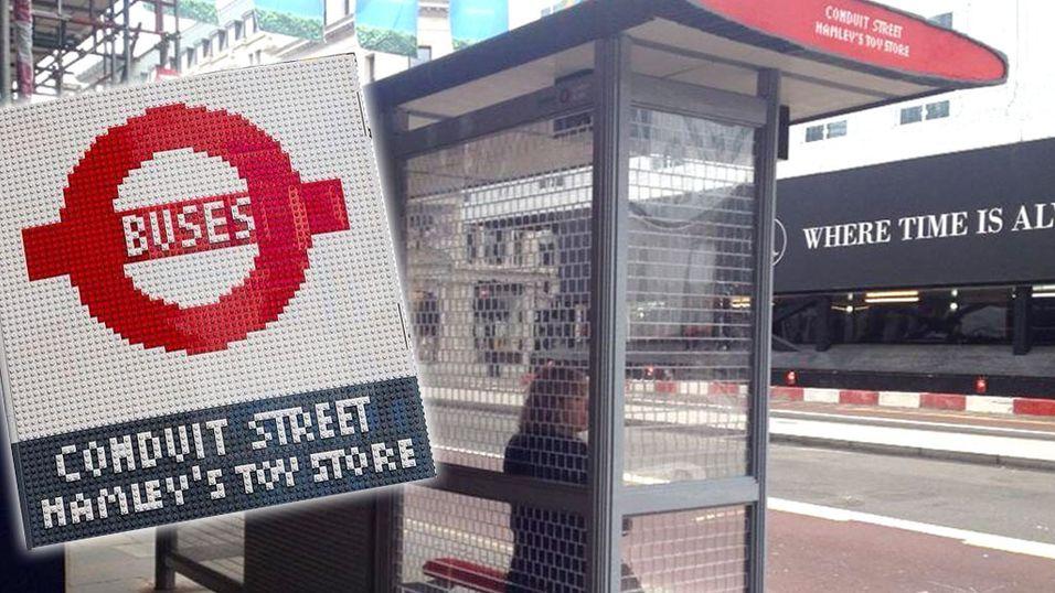 Bygde bussholdeplass i LEGO