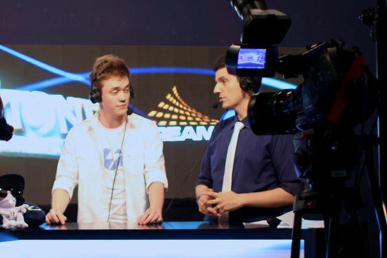 Reynad intervjues etter en seier i årets DreamHack Summer.