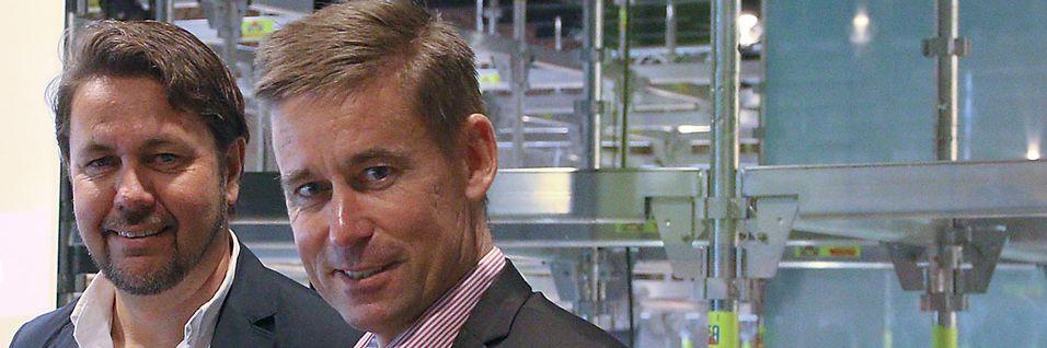 Kjøpet av Tele2s norske virksomhet preger naturlig nok omtalen av siste kvartal for Teliasonera. Her er Tele2-sjef ArildHustad og Netcom-sjef August Baumann under pressekonferansen der kjøpet ble kunngjort.