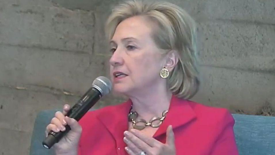Hillary tror på Twitter-diplomati