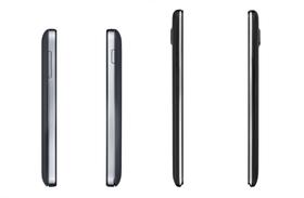 MultiPhone 8500 DUO (til høyre) er ganske mye slankere enn MultiPhone 8400 (til venstre).