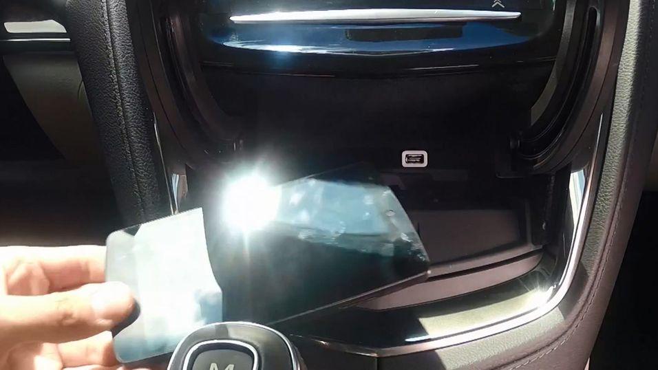 Cadillac-biler får trådløs lading til mobilen
