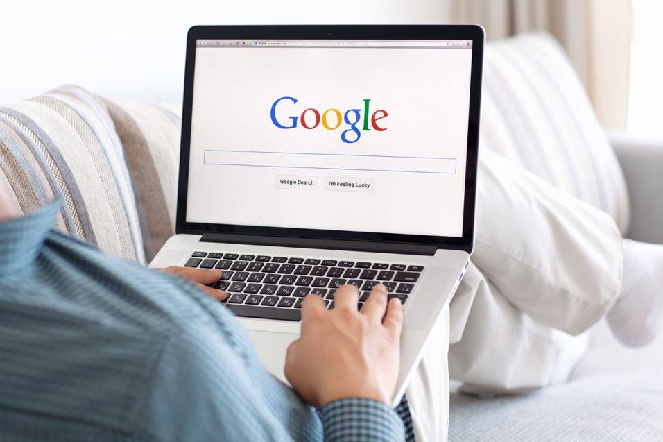 Fordømmer retten til å bli glemt av søkemotorene