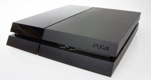 PlayStation 4 går det greit med.