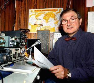 KLAGET: Radioamatør Patrice Bardoz.