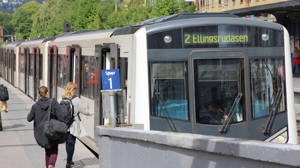 Nå får T-banepassasjerer i Oslo 4G i tunellene.