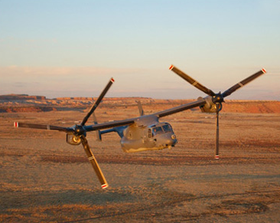 Bell Boeing V-22 Osprey har 2 enorme propeller, som til gjengjeld er drevet av tradisjonelt flydrivstoff.