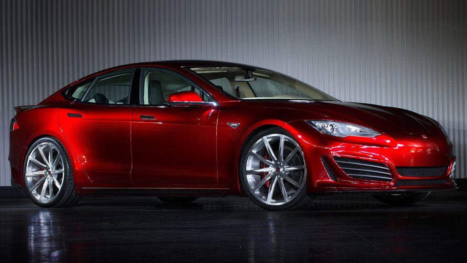 Laget egen sportsversjon av Tesla Model S